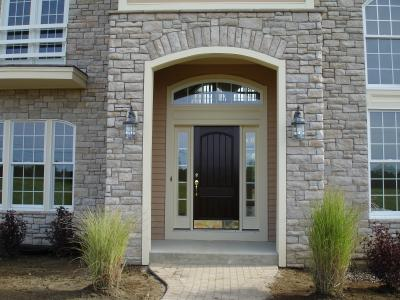 front-entry-with-cultured-stone